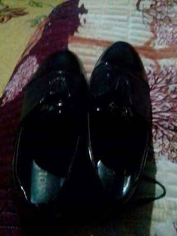 Продаю туфли 40ой размер