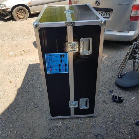 Куфар  кейс за транспортиране на електроника и др.