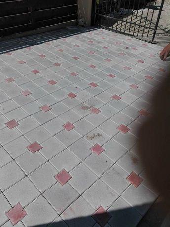 Fabrica de pavaje dale pavele borduri rigole.Asiguram montaj si transp