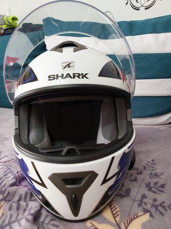 Vând casca shark s 600