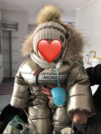Зимний комбинезон Moncler