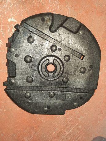 Suport polieuretanic pentru cric,cheie,chit reparatii Touran.