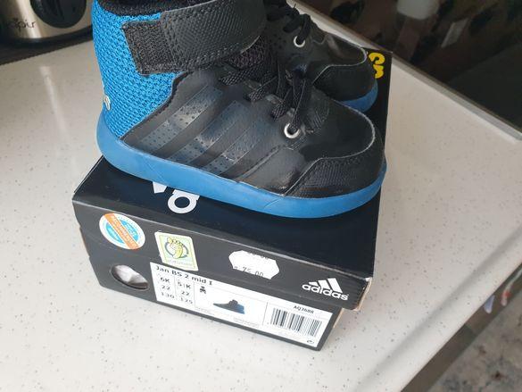 Маратонки и кецове адидас /adidas