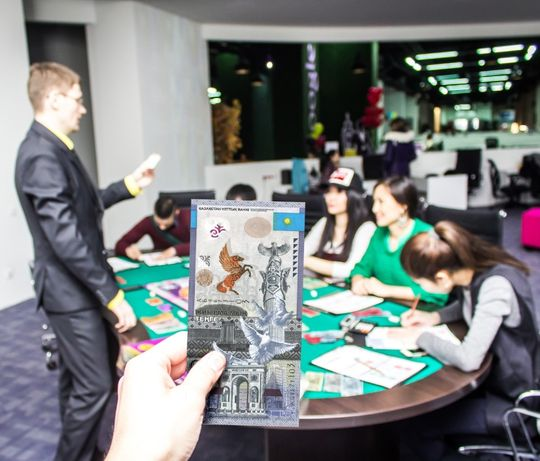 CASHFLOW - Денежный поток бизнес игра Астана Тренинг по Р Кийосаки Жми