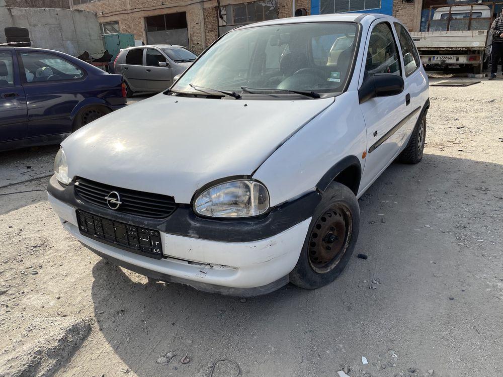 Opel Corsa 1.2 16v 65hp На Части