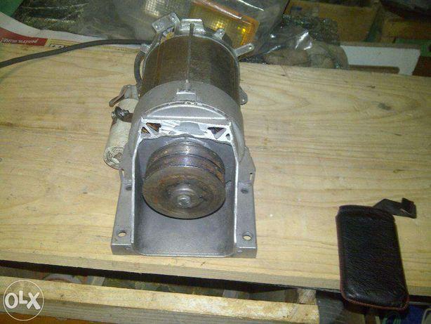 Motor electric monofazic