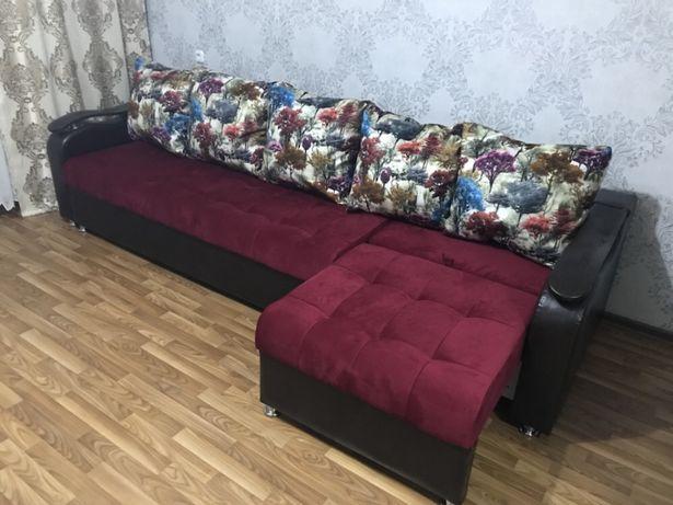 Большой угловой диван 3м*1м,кредит
