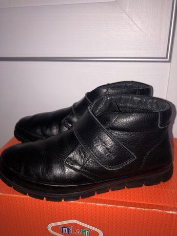 Ботинки Tiflani на осень на мальчика в отличном состоянии