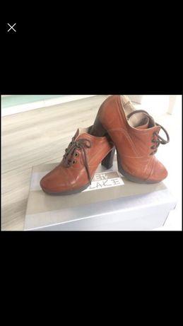 Vand papuci piele naturala marimea 36