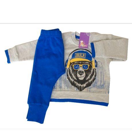 Нов детски комплект долнище и блузка за момче