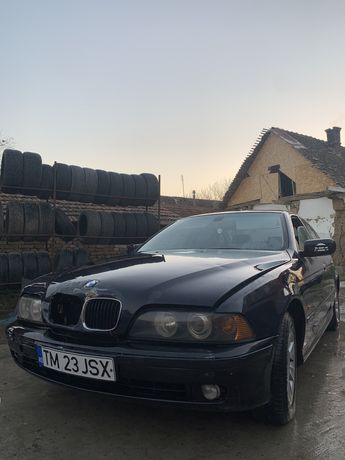 Dezmembrez bmw e39 520d 136cp an2002 lci facelift