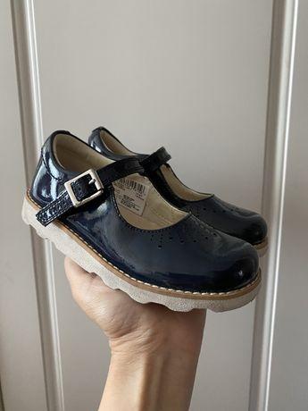 Летние кроссовки,  туфли Clarks