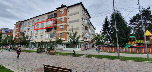 Vând apartament 4camere/ultracentral/decomandat/mobilat/utilat/2boxe