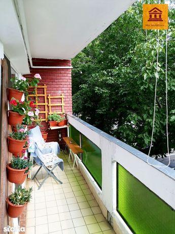 Apartament 4 camere, 4 balcoane ( Samanta, zona Polivalenta )