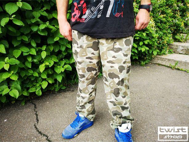 Pantaloni BAPE