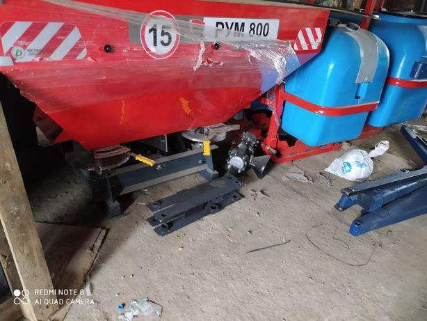 Разбрасыватель минеральных удобрений РУМ 800 литров