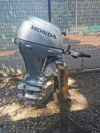 Motor Honda + Barca Canadian + Peridoc