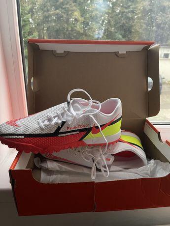 Nike Phantom GT2 Academy TF Marimea 42,5