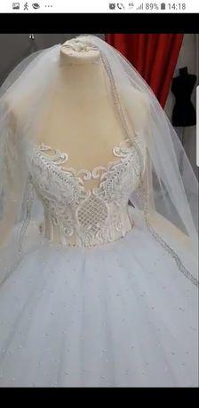 Rochița de mireasa prințesă