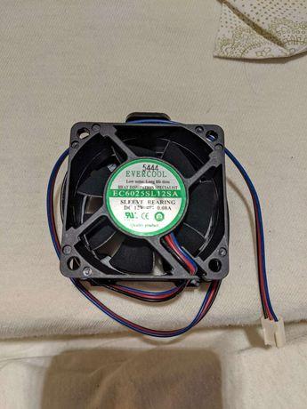 Ventilatoare 12 V