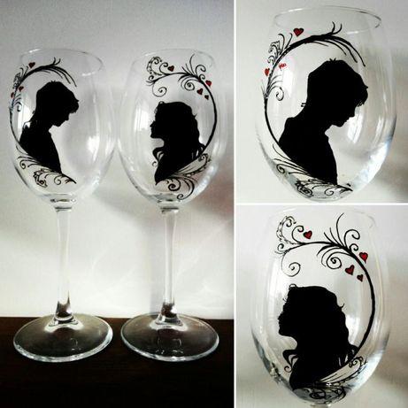 Чаши за двама влюбени