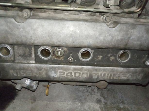 Продам двигатель на а/м Nissan Rnessa, объем 2,4