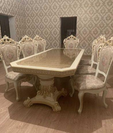 Продам стол и стулья б/у