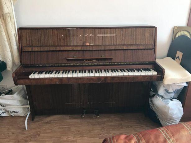 """Продам пианино """"Юность"""""""