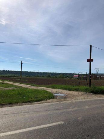 De vânzare teren intravilan în zona Andrășești, între Onești și Cașin