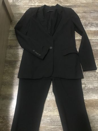 Дамски костюм Zara XS