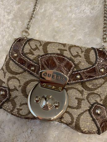 Mini bag GUESS cu lant argintiu