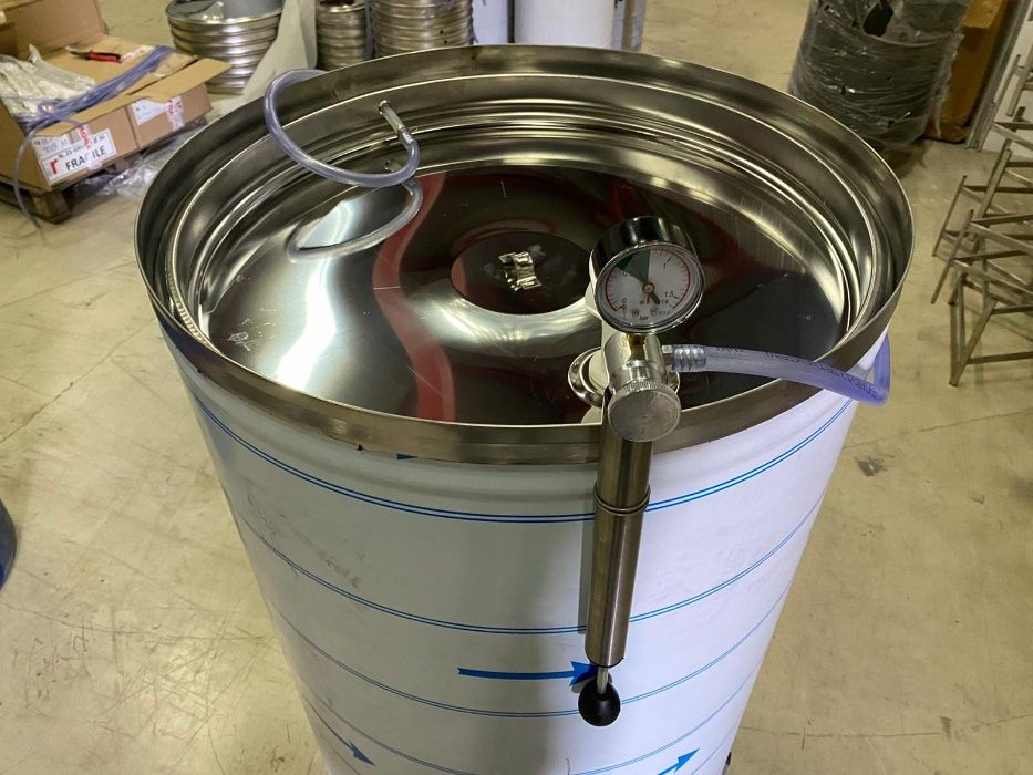 Butoi din INOX cu capac flotant la 315 litri- Stoc limitat - livrare Botosani - imagine 1