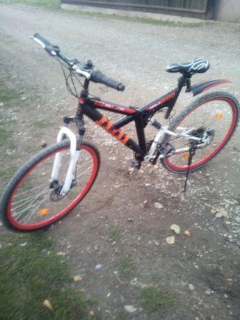 Bicicleta 28 hillti 600