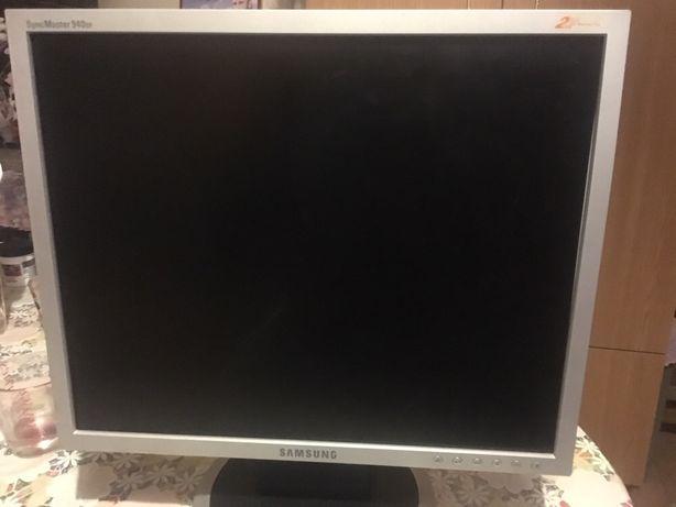 Monitor samsung LCD SyncMaster 940bf