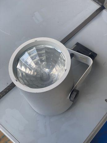 Интериорна лампа прожектор