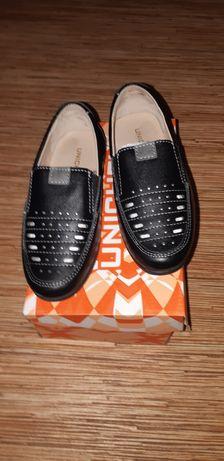 Весенние осенние чисто кожаные туфли размер 28 - 29 за 3000 тенге.