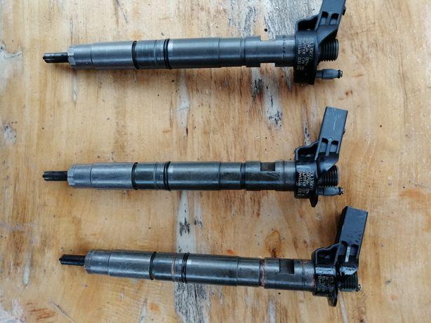 3 injectoare, pompa inalta, rampa injectoare completa. Audi a4 b8 2011
