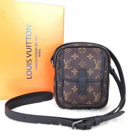 Чантичка Louis Vuitton CHRISTOPHER WEARABLE, 100% eстествена кожа