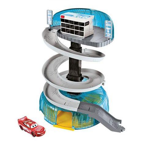 """CARS 3 Игрален комплект """"Спираловиден гараж"""" FCV99"""