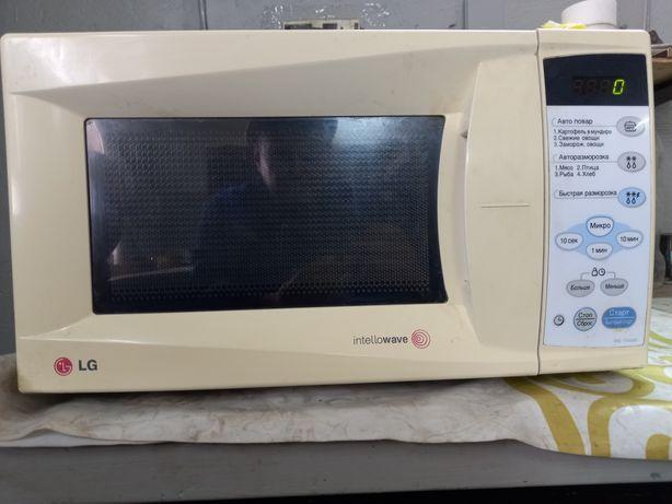 Продам микроволновую печь LG,б/у,в хорошем состоянии.10000 тенге