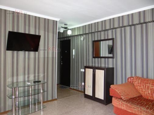 1-комнатная квартира посуточно, Абдирова 20 — Ерубаева