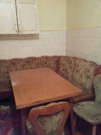Coltar + masa + 2 scaune