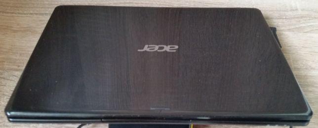 Продам нетбук Acer V5