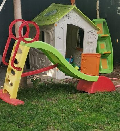 Детски играчки за двора и вътре