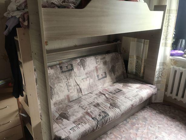 Продам 2х ярусную кровать