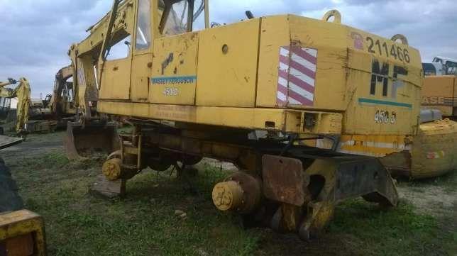 Excavator Massey Ferguson 450d, dezmembrez