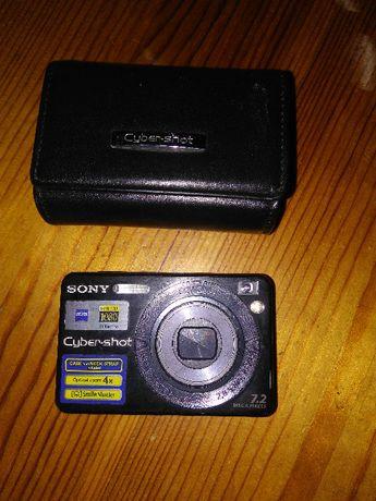 Продавам компактен фотоапарат