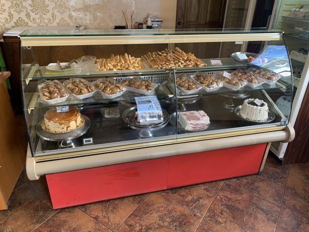 Vitrina frigorifica cofetarie patiserie
