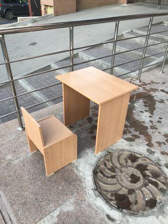 Продадим офисную мебель столы, сутлья и шкафы