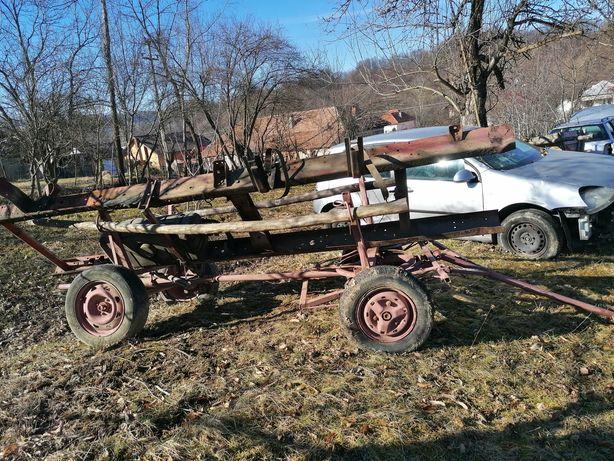 Căruță pentru tractor